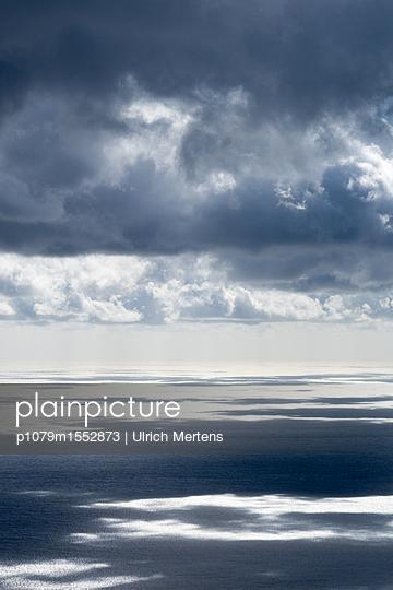 Meerpanorame an der Amalfiküste - p1079m1552873 von Ulrich Mertens