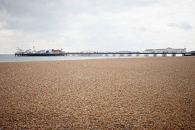 Brighton - p464m853426 by Elektrons 08