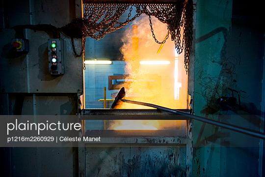 Foundry work - p1216m2260929 von Céleste Manet