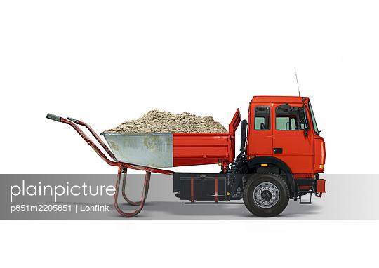 Bizarre combination, wheelbarrow and truck - p851m2205851 by Lohfink