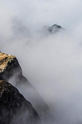 Bergspitze, Meran, Südtirol - p488m1087579 von Bias