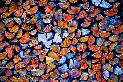 Firewood - p1149m1511198 by Yvonne Röder