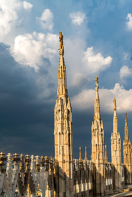 Italy, Milan, pinnacles and spires of Milan Cathedral - p300m2077746 by Peter Schickert