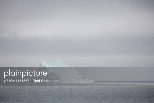 Eisberge - p719m1181387 von Rudi Sebastian