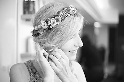 Wedding photography - p1160m1590748 by Emilie Reynaud