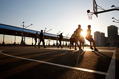 Basketball players - p1411m2057742 by Florent Drillon