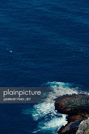 Cliff - p248m817043 by BY