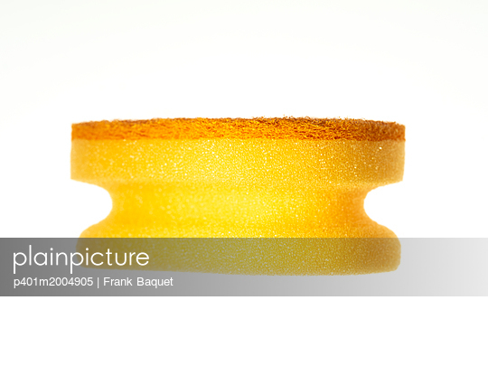 Cleaning sponge - p401m2004905 by Frank Baquet