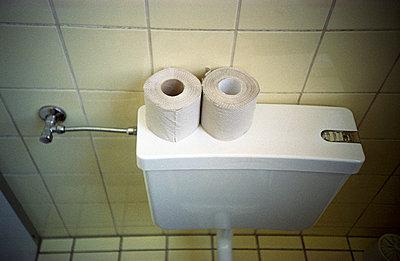 Toilet paper - p0200003 by Stefan Klein