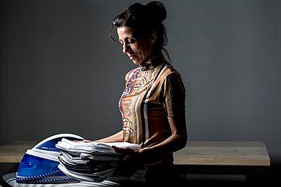Gebügelte Wäsche - p1367m1590939 von Teresa Walton