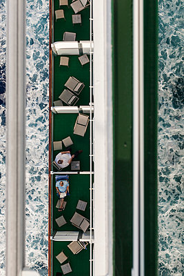 Caribbean Cruise - p600m2076310 by Laura Stevens