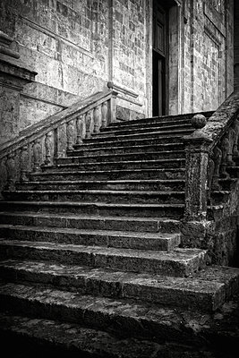 Stone stairs in front of church, Siena, Italy - p1154m2160769 by Tom Hogan