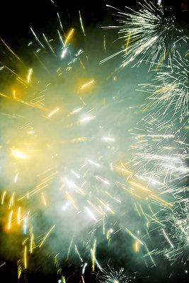 Feuerwerk   - p450m1092509 von Hanka Steidle