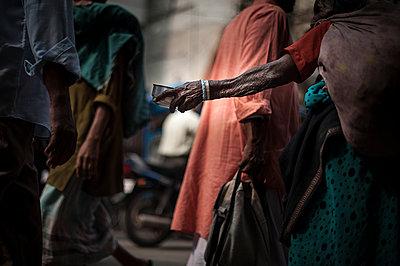 Beggar's arm - p1007m1144396 by Tilby Vattard