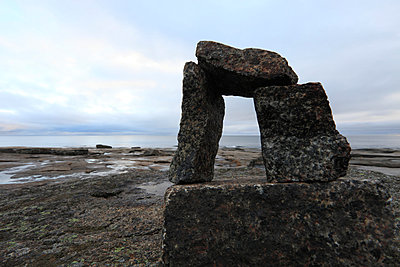 Granitblöcke an der Ostseeküste - p235m881120 von KuS