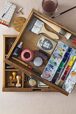 Künstlertisch - p5250076 von Anne Deppe