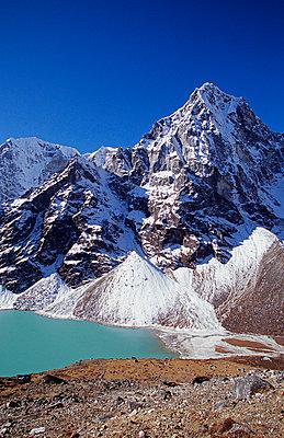 Himalaya - p6520596 by Mark Hannaford