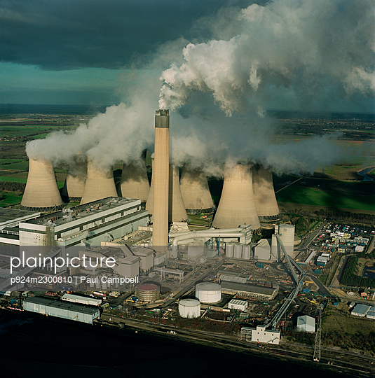 UK, North Yorkshire, Aerial view ofÌ_DraxÌ_Power Station - p924m2300810 by Paul Campbell