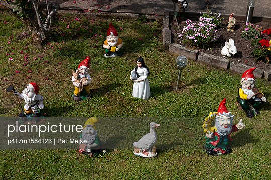 Gartenzwerg - p417m1584123 von Pat Meise