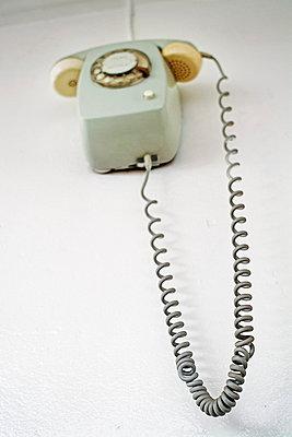 60er Jahre Wandtelefon - p5930033 von Ritzerfeld