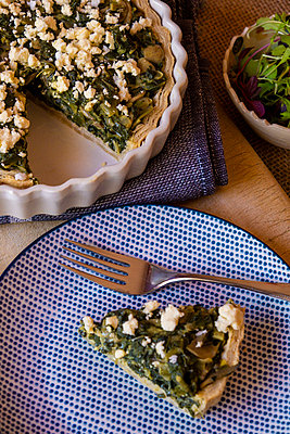 A delicious spinach & feta quiche - p1655m2253878 by lindsay basson