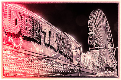 At the fair - p401m2044389 by Frank Baquet
