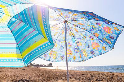 Umbrellas - p1043m2122254 by Ralf Grossek