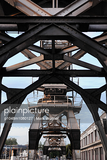 Historic maritime crane - p1048m1080127 by Mark Wagner