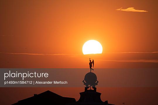 Sonnenuntergang über der Punta della Dogana, Venedig I - p1493m1584712 von Alexander Mertsch