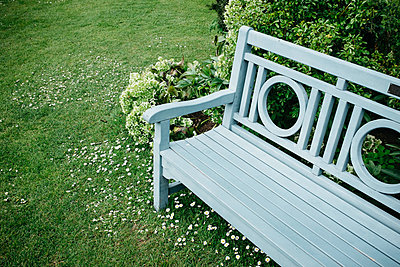 Garden bench - p305m1000411 by Dirk Morla
