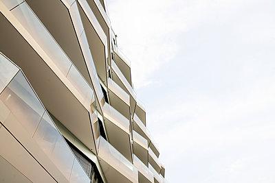 Moderne Architektur in Berlin - p1212m1572949 von harry + lidy