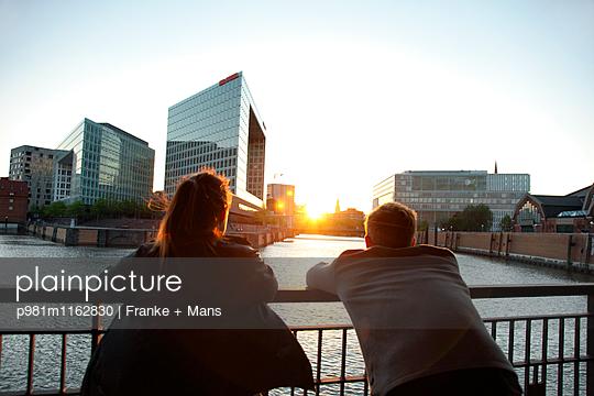 Letztes Licht - p981m1162830 von Franke + Mans