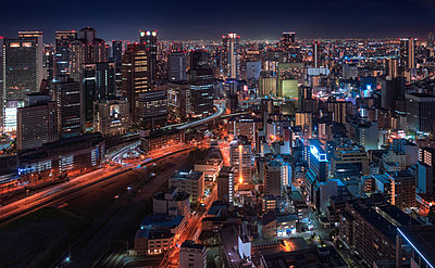 Japan, Osaka, Aerial view at night - p300m2060000 by Maria Elena Pueyo Ruiz