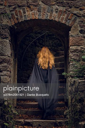 p378m2061921 von Dante Busquets