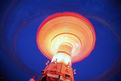 Merry-go-round - p2681811 by M. Klippel