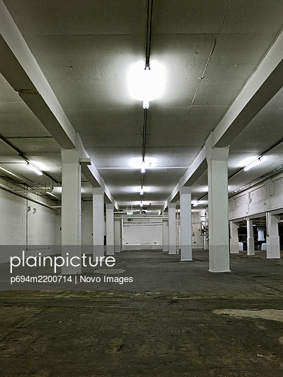 Interior of Empty Industrial Building - p694m2200714 by Novo Images