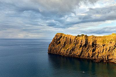 Coastal cliff on the Atlantic coast - p1299m1584433 by Boris Schmalenberger