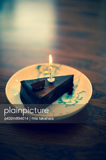 Schokoladenkuchen - p432m894014 von mia takahara