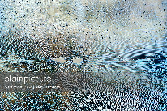 Shattered Eyes - p378m2085952 by Alex Bamford