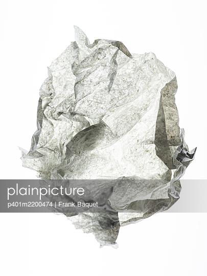 Paper - p401m2200474 by Frank Baquet