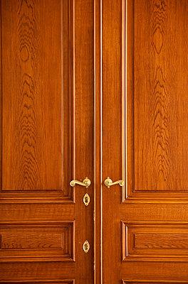 Verschlossene Türen - p3820263 von Anna Matzen