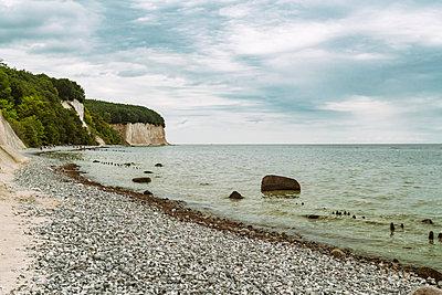 Strand im Nationalpark Jasmund - p1332m1445748 von Tamboly