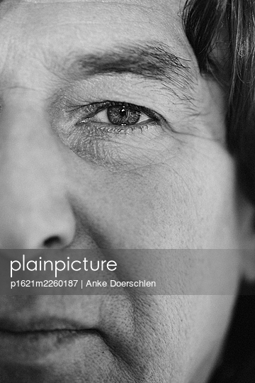 Eye of a man - p1621m2260187 by Anke Doerschlen