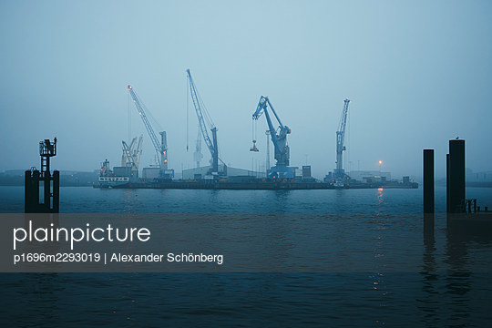 Harbour in the morning - p1696m2293019 by Alexander Schönberg