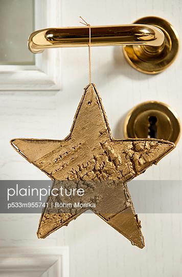 Christmas star - p533m955741 by Böhm Monika