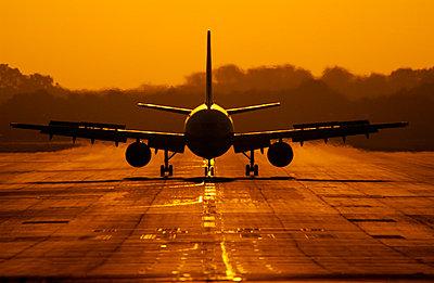 Landing light - p1048m1029911 by Mark Wagner