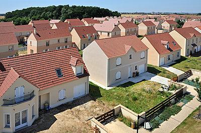Neighbourhood - p1111m886362 by Jean-Pierre Attal