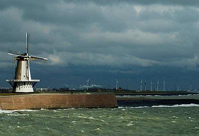 Storm Vlissingen, Netherlands - p1132m1020465 by Mischa Keijser