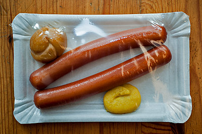 Vienna sausages from marzipan - p229m1185343 by Martin Langer