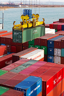 World trade - p778m857063 by Denis Dalmasso